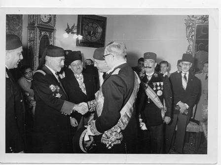 Accueil de Muhammad Alamin Pacha Bey (1957-1943), le dernier Bey de Tunisie