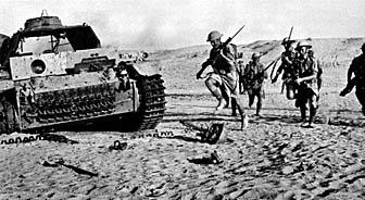 British soldiers in action, North Africa during World War II